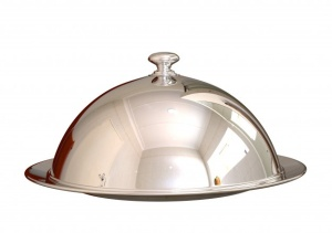 silver-chrome-cloche-closing-food-dish-restaurant-isolated-white_59529-611